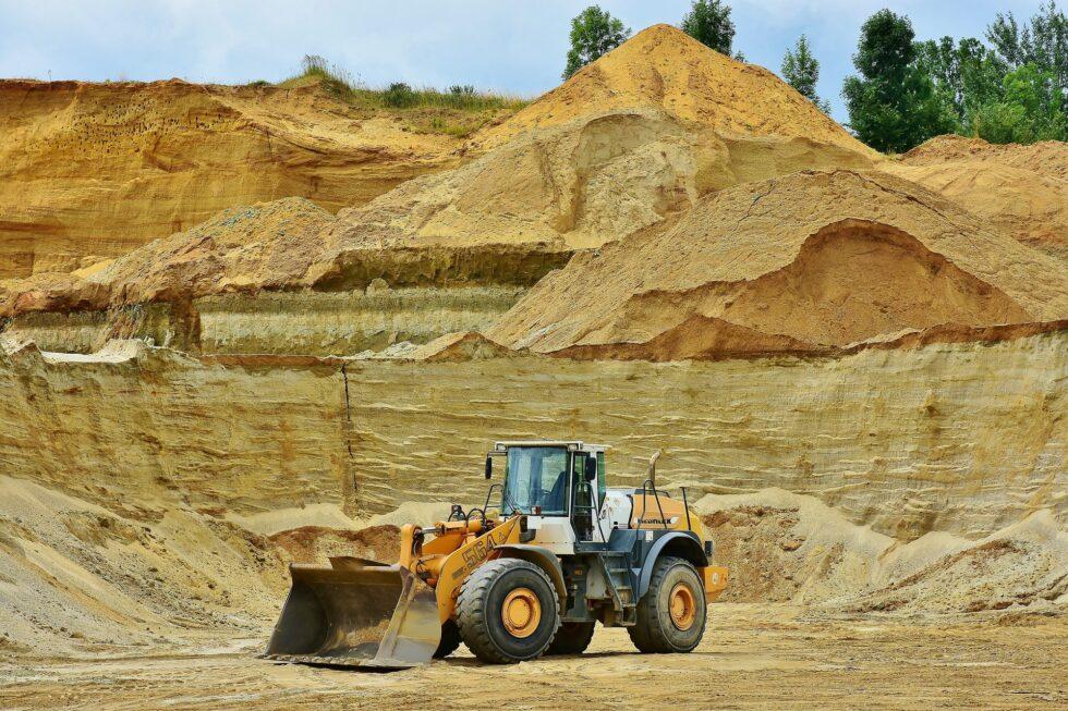 Изкопни работи – първа стъпка в изграждането на всеки проект